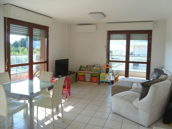 2 bedrooms + 40 sqm of Terrace +2 Parking Spaces