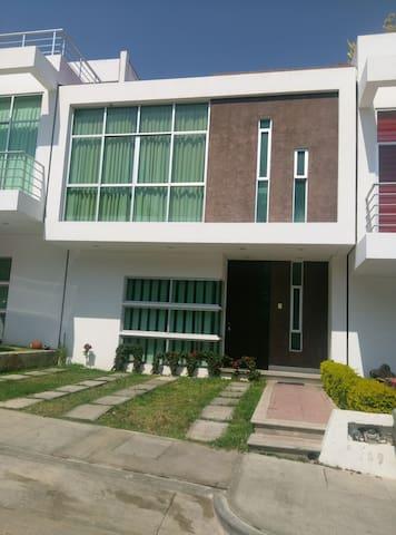 Casa Residencial Compartida - Tuxtla Gutiérrez - Rumah