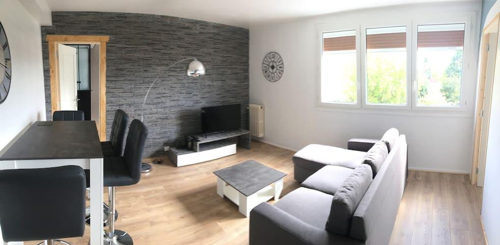 Appartement moderne et agréable au centre de Joué