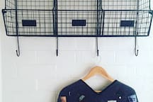 Ollie & Viv: a little place for people + pets