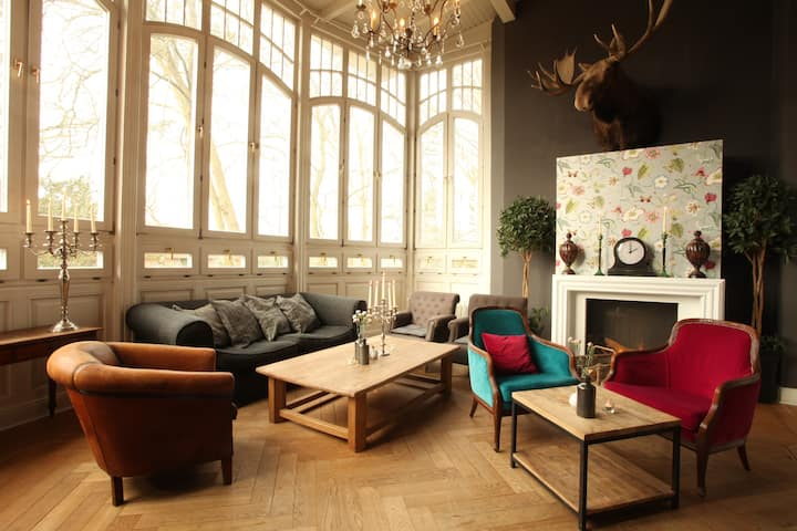 Luxuszimmer im Schlosshotel