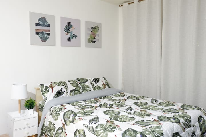 A studio in Mandaluyong with free Netflix and wifi