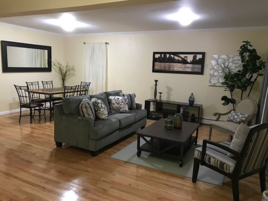 The Inner Palace Houses For Rent In Queens New York United States