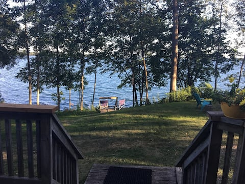 Cozy 3BR cottage on St. Lawrence 5 min to Kingston