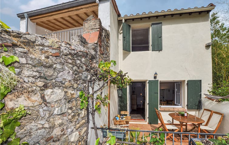 Semi-Detached with 2 bedrooms on 82m² in CERET