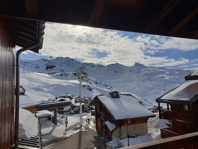 Val Thorens! chambre dans un appart ski au pied!!!
