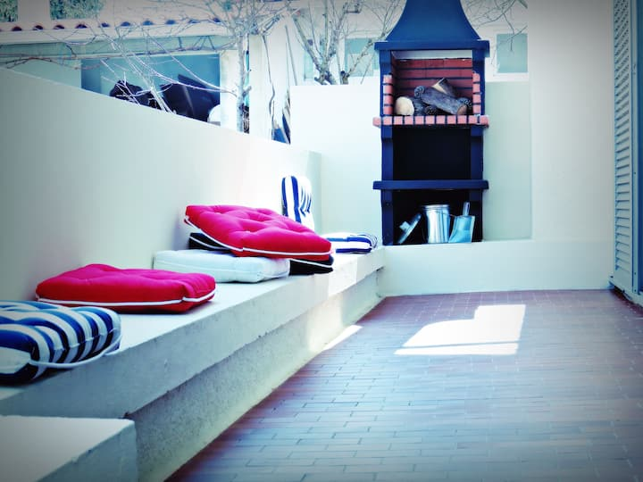 HOUSE Balcony&Barbecue (5 min f/Praia Norte beach)