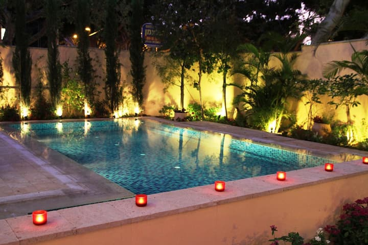 Villa de Maître Herzliah Pituah Grand Lux Piscine