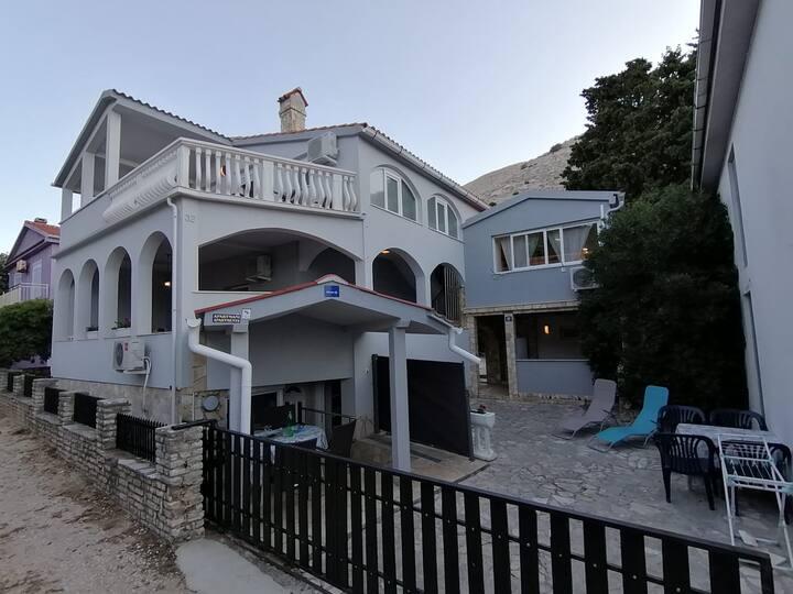 Villa Petrović - Apartman s pogledom na more