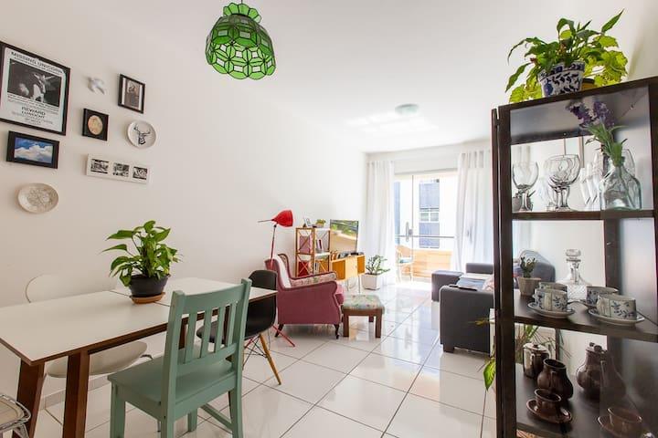 Quarto amplo e confortável em Jardim da Penha