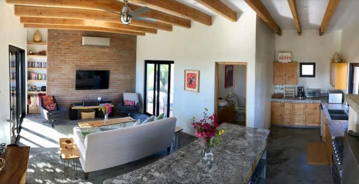 Casa Macondo - Gourmet Kitchen in Pueblo Pescadero