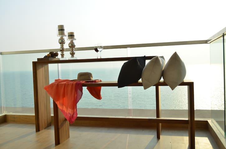 Luxury Oceanfront Panoramic Seaview - Pattaya - Apartamento
