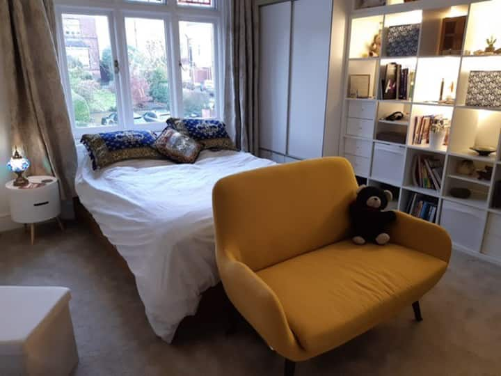 Double room in lovely Edwardian house