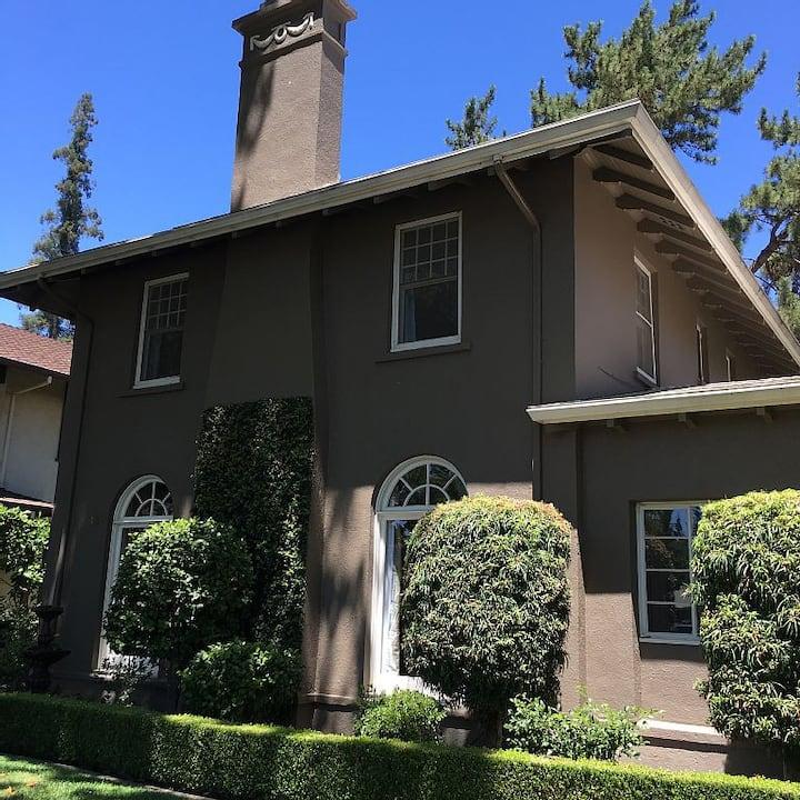 The Sideways House