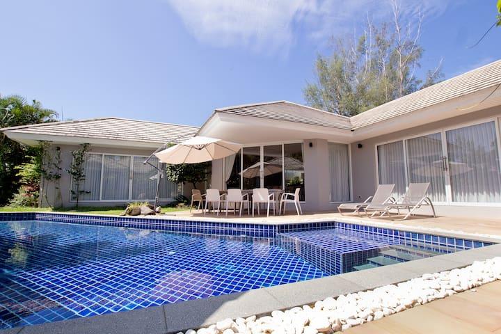 Beach side Family Villa.  private pool