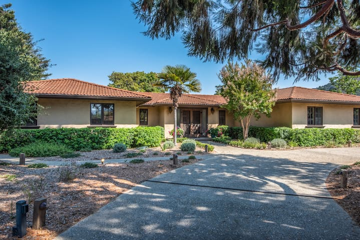 4 Bedroom Carmel Valley Home Plus 1 Bdr Guesthouse