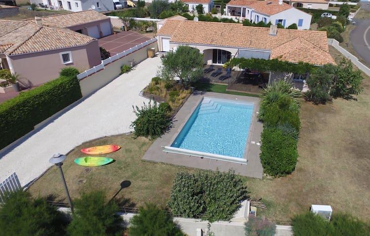 villa 4 chambres avec piscine prive - L'Île-d'Olonne - Casa