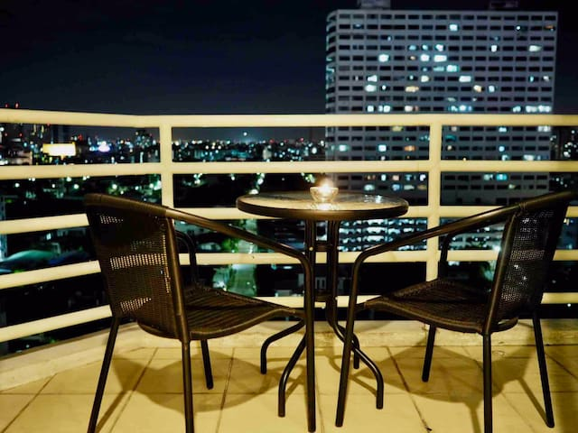 City View,High floor,Pool,Gym,Central Location