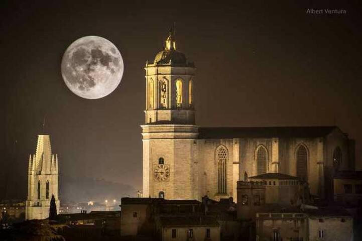 Full moon.Lluna plena