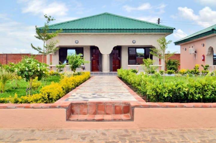 Mangochi highway lodge