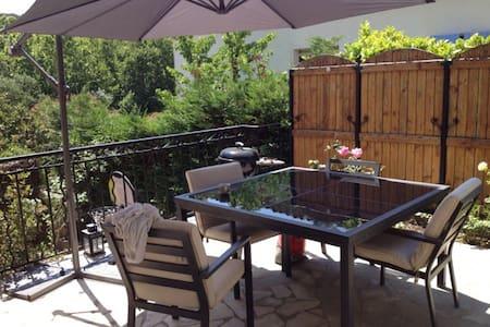 Belle villa et petite piscine 5 p.
