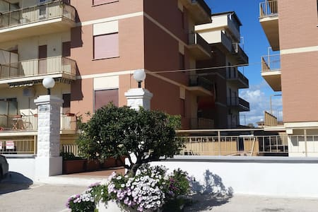 Splendido Superattico fronte mare - Latina - Apartment