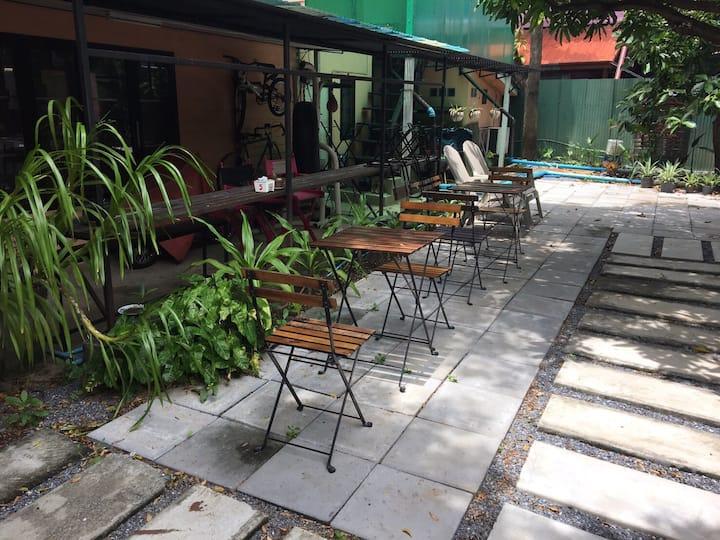 Breathe, take a breath in Bangkok suburb