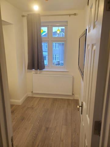 bedroom 2 (ensuite)
