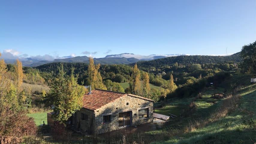 Maison en pierre (possibilité:bain norvégien)