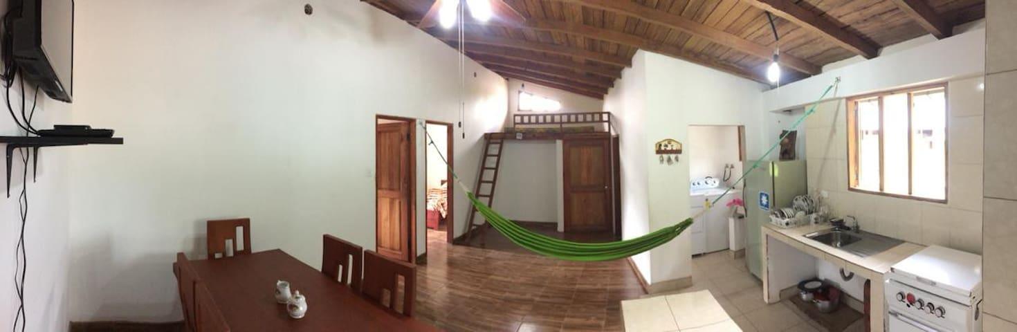 Beautiful and cozy apartment in Pacto Ecuador