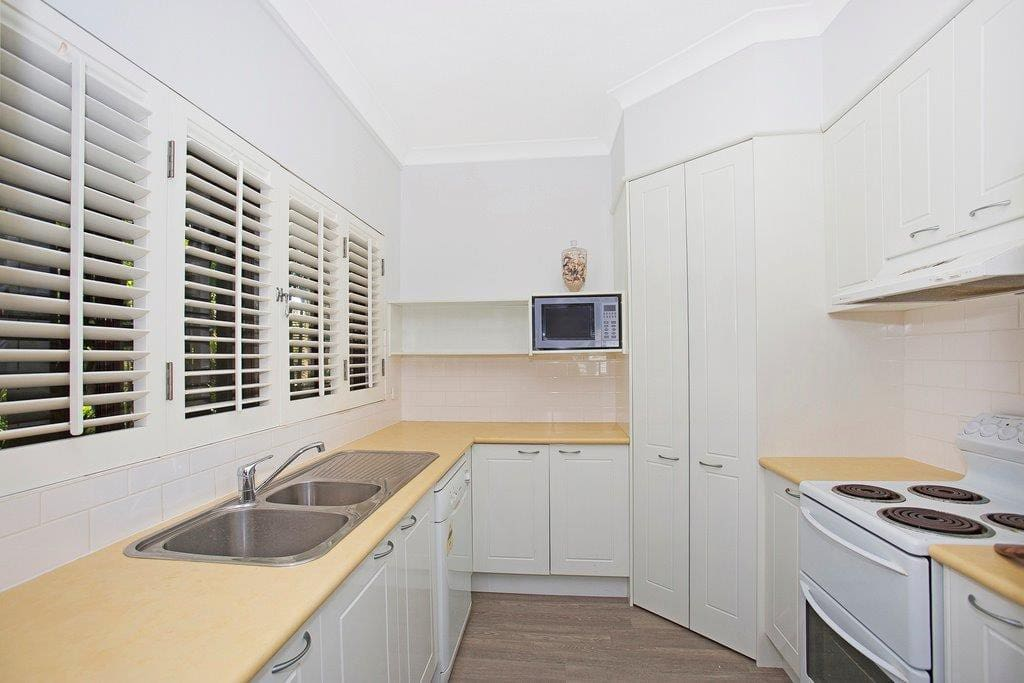 Full size self contained kitchen