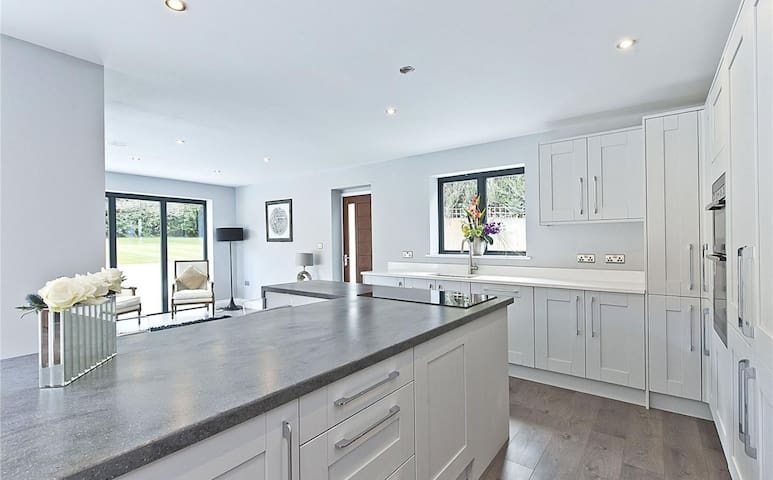 Refurbished family home close to West End village. - Esher