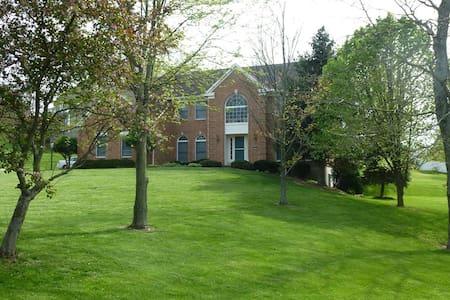 KoKo's BnB 2 - Cincinnati - Huis