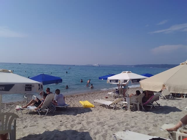 Cosy flat in the heart of summer - Kallithea - Apartment