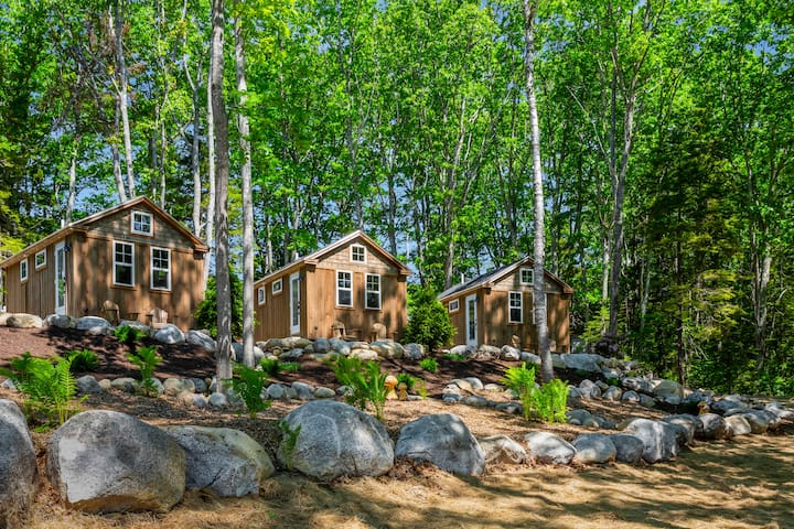 Steamboat Crossing Cabins: #1 Balsam Cabin