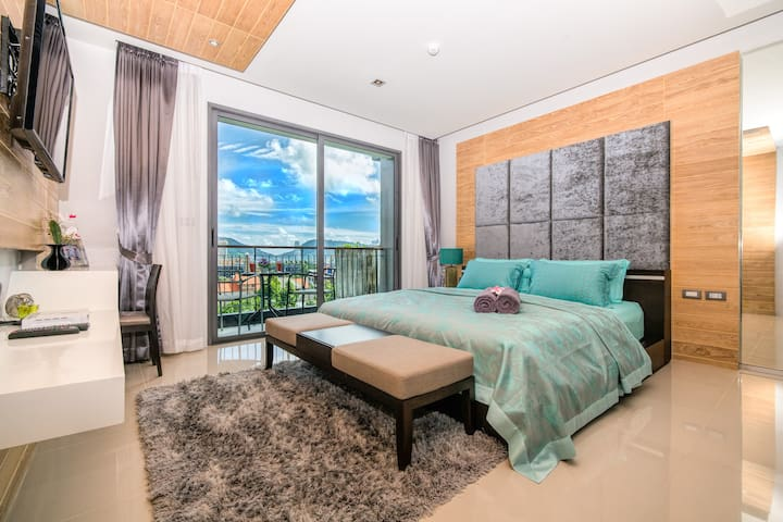 Stylish Studio with Scenic Cityscape @ Patong