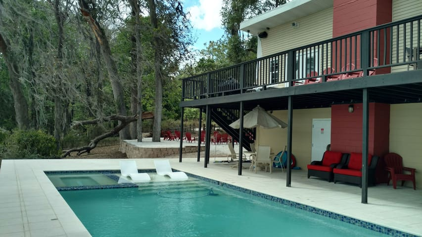 Lakefront Relaxation and Family Fun Retreat - Dade City - Casa