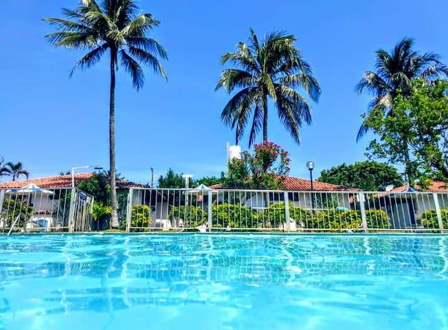 Bangalô da Angela, condomínio tipo clube Cabo Frio
