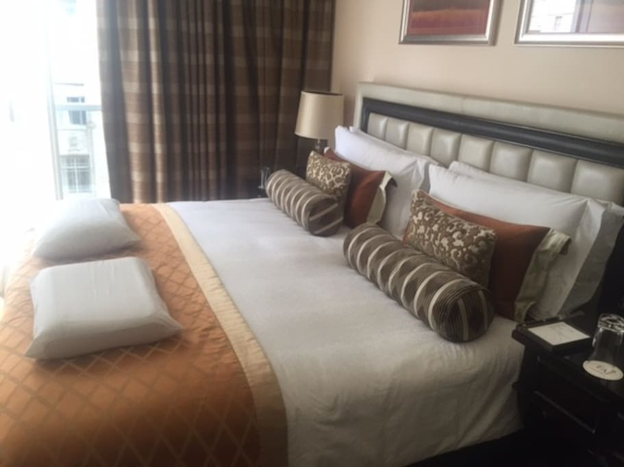 The King Size Luxury Bed