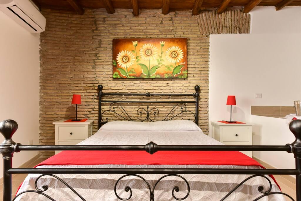 Camera da letto piano superiore - Bedroom1