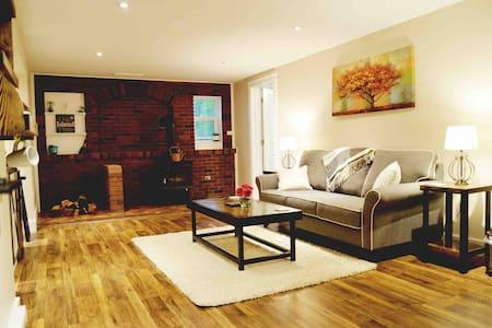 Brook & Fern Garden Suite