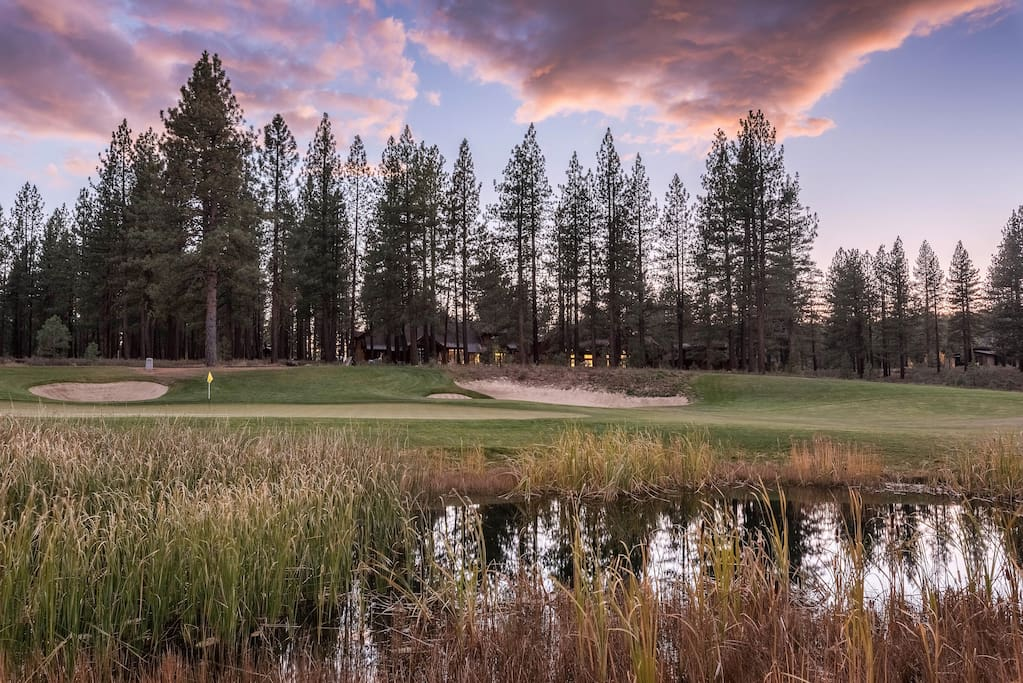 Spend your vacation in a rental on the 8th hole (par 3) of The Golf Club at Gray's Crossing.