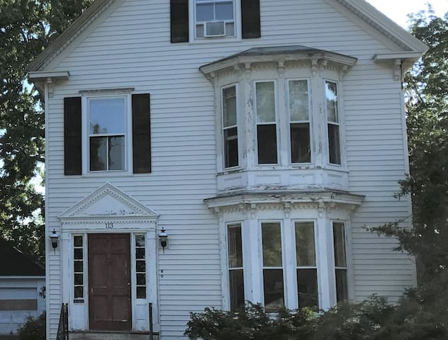 113 Haskell Street, at the intersection of Haskell and Pine Streets.