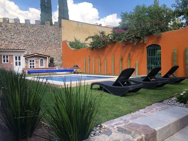 Casa Malaga - pool & breakfast included