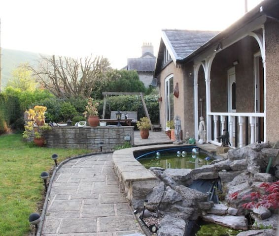 Stoneycroft Bungalow, Castleton Self Catering - Derbyshire - Bungalow