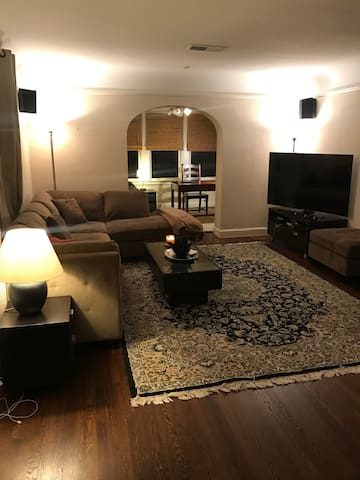 Perfect Super bowl Pad CENTRAL - Houston - Apartment