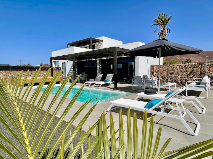 Casa Buena Vida, vistas volcán, piscina clim.