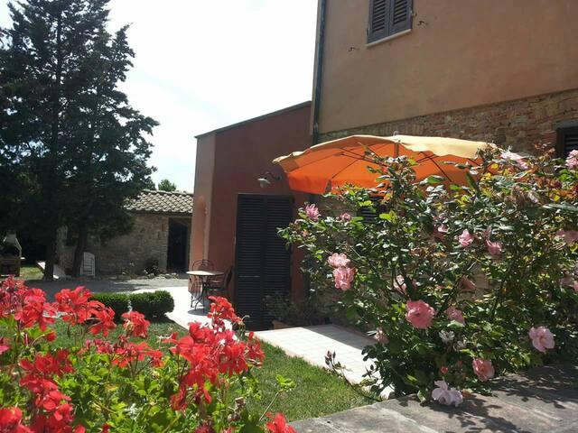 Appartamento in Agriturismo - Santa luce - Lägenhet