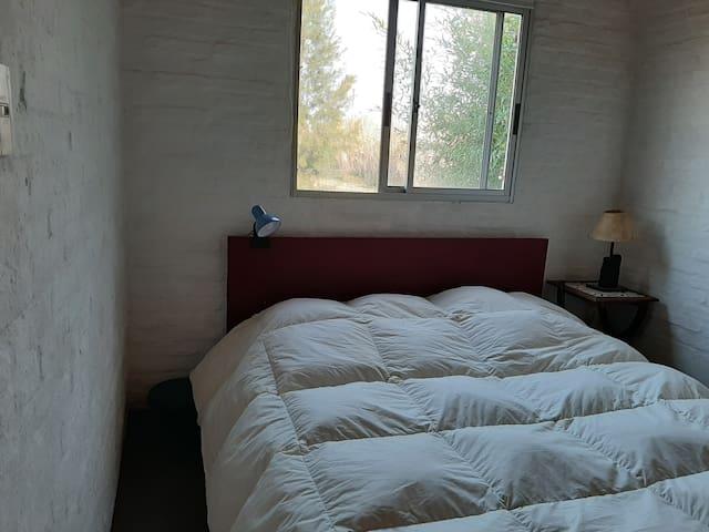 Entrando al dormitorio aire acondicionado