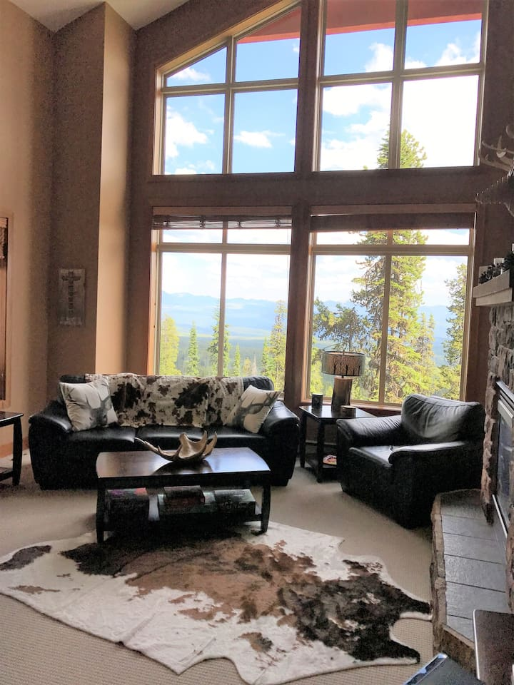 Amazing views from your cozy living room